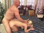 Man cums on paunch of blonde preggy